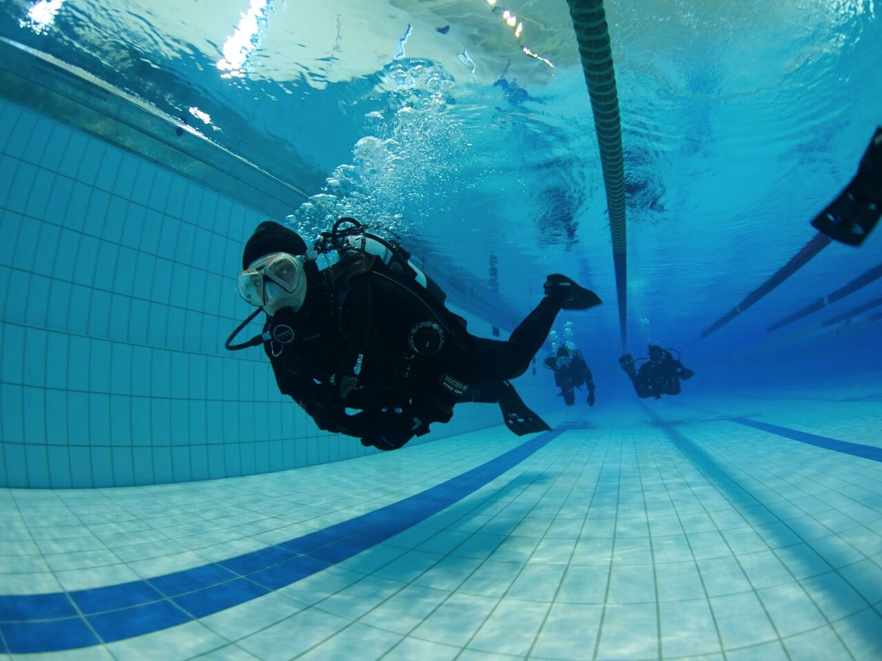 dry suit diver course diving silfra 2 day package dive is iceland