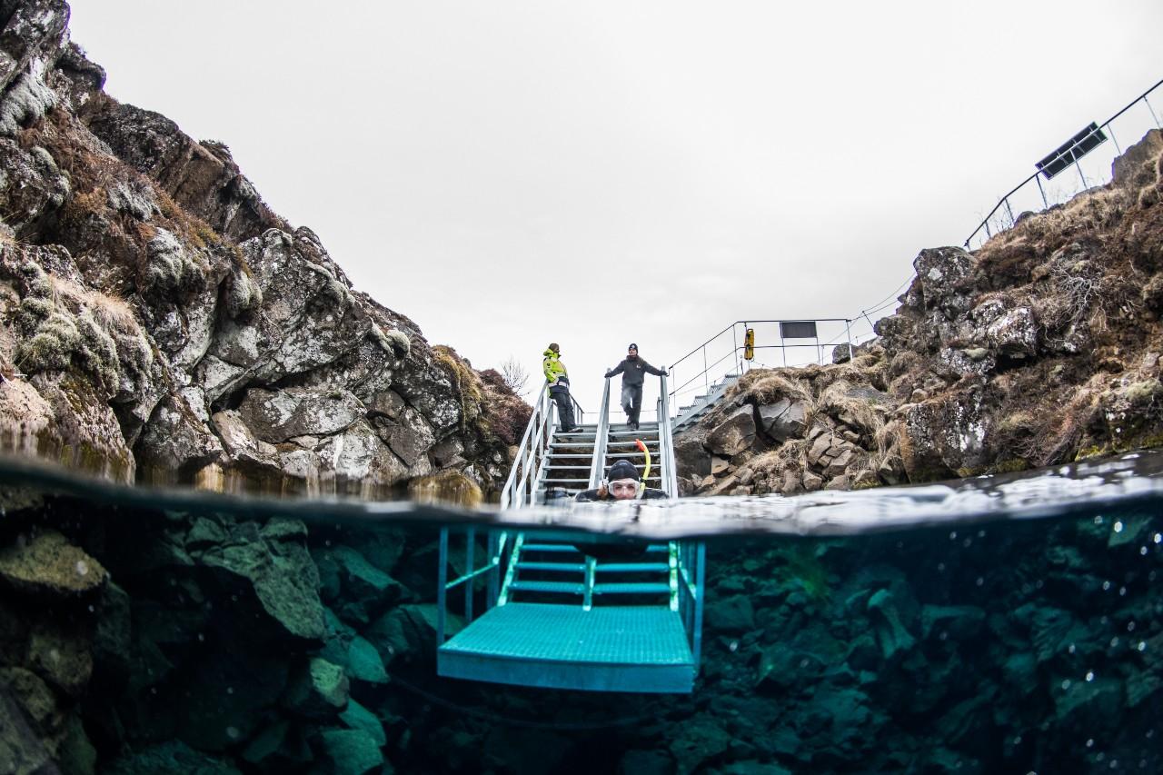 is-diving-in-silfra-safe-blog.jpg