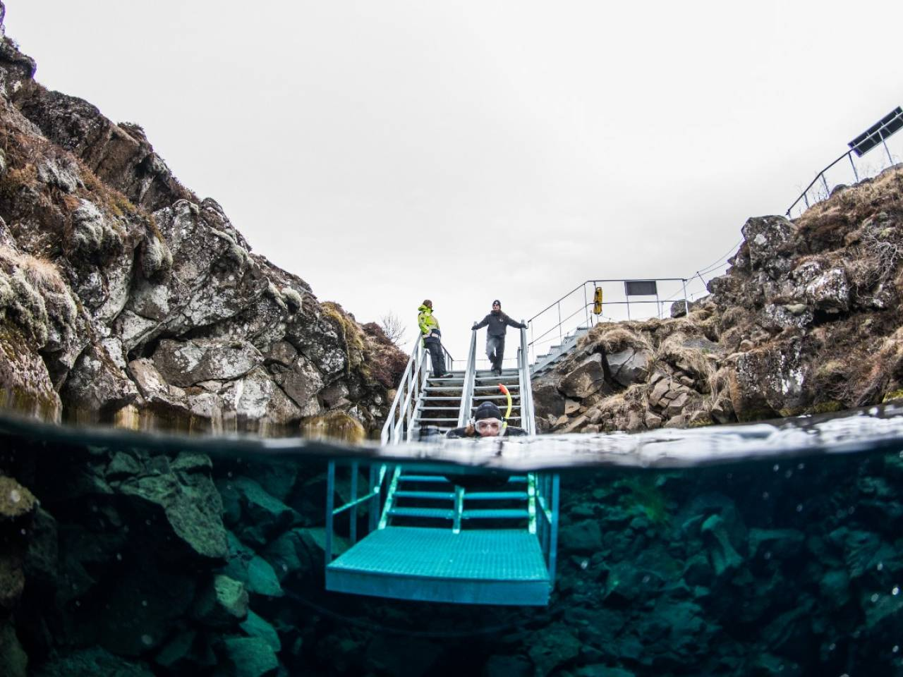 is-diving-in-silfra-safe-blog.jpg