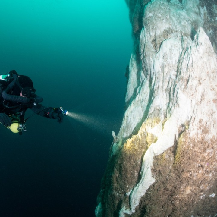 ocean-dive-iceland-720x720.jpg